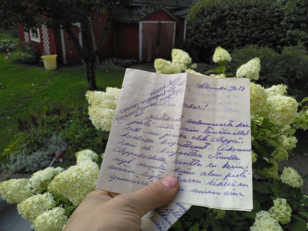 0_purettu_lattia_rakkauskirje_27_small