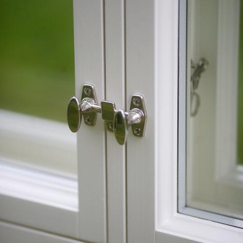 Sisäpuitteen Rakennusapteekin ikkunasalvat